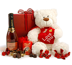 Teddy &amp; Champagne Valentines Hamper