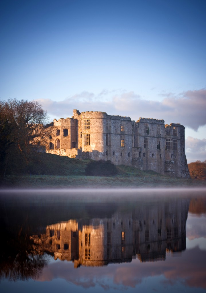Portrait image of Carew Castle in Pembrokeshire, UK. Taken on 6 November 2011 at 09:16.}} |Source = {{own}} |Date = 2011-11-06 |Author = JKMMX }}