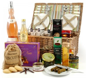 luxury-picnic-hamper