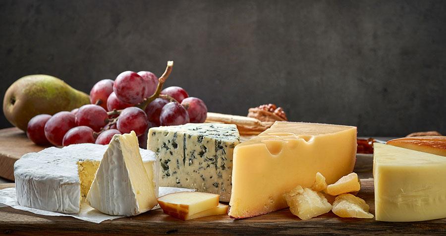 Choose The Best Luxury Cheese Hampers