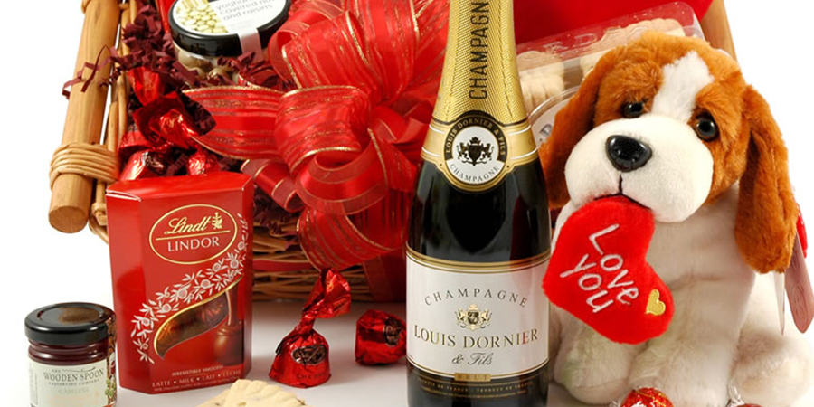 Surprise Your Loved One With Our Valentines Day Hampers