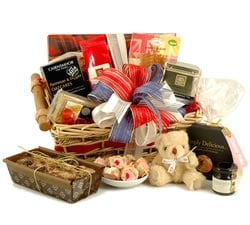Food Hampers & Baskets - Hampers & Gifts from Hampergifts.co.uk - Best of British Food Hamper