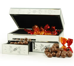 Chocolate Hampers & Gifts - Hampergifts.co.uk - Jewellery Box & Chocs