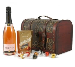 Wine Gifts - Wine Gift Boxes - Champagne and Belgian Chocolates