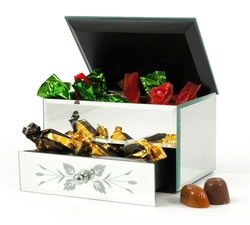 Gifts For Her: Hampers & Gift Baskets from Hampergifts.co.uk - Jewellery Box Surprise