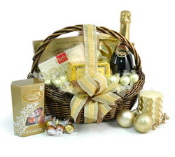 Congratulations Hampers & Gift Baskets from Hampergifts.co.uk - Champagne, Chocs & Scented Candle