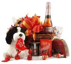 Chocolate Hampers & Gifts - Hampergifts.co.uk - Romantic Surprise