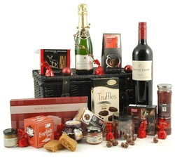 Chocolate Hampers & Gifts - Hampergifts.co.uk - Brandy & Chocs Hamper