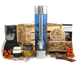 Luxury Hampers - Hampers & Gift Baskets from Hampergifts.co.uk - DQ Vodka in Wooden Crate