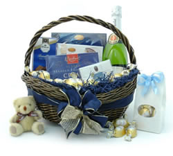 Congratulations Hampers & Gift Baskets from Hampergifts.co.uk - Cava & Chocs Gift Basket