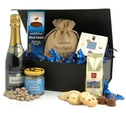 Chocolate Hampers & Gifts - Hampergifts.co.uk - Champagne & Chocs Box