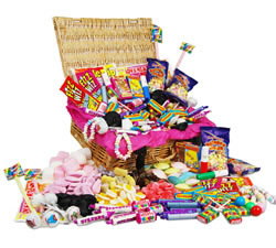 Sweet Hampers: Hampers & Gift Baskets from Hampergifts.co.uk - Classic Retro Sweets Hamper