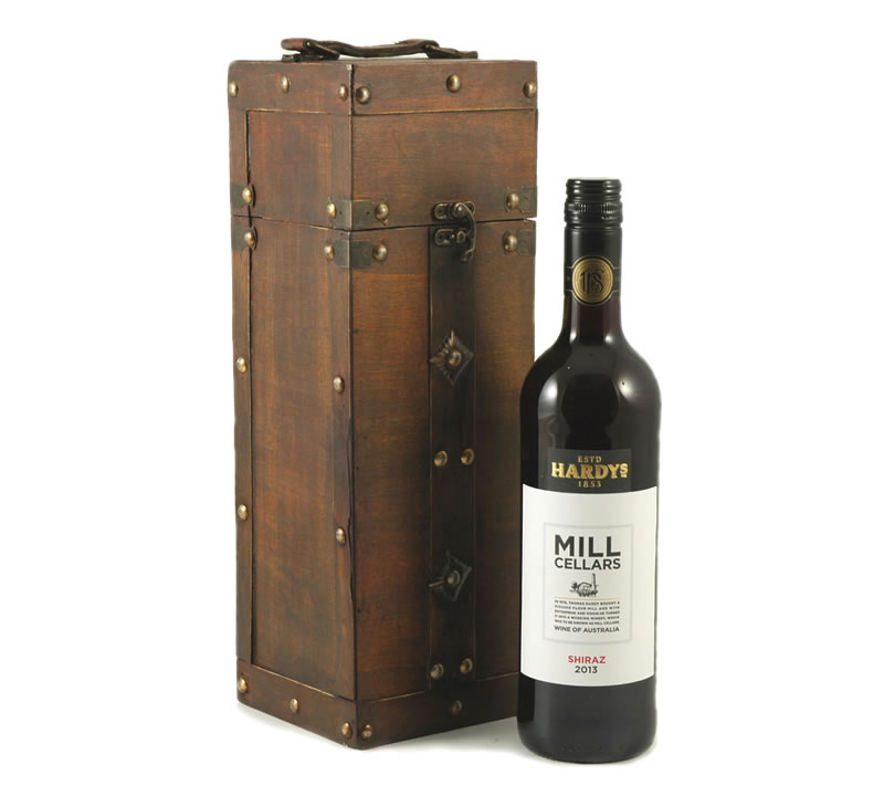 Shiraz in Wooden Case