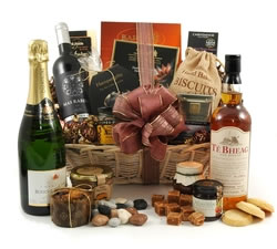 Luxury Hampers - Hampers & Gift Baskets from Hampergifts.co.uk - The Indulgence