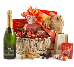 Gifts For Her: Hampers & Gift Baskets from Hampergifts.co.uk - Sparkling Surprise