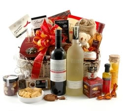 Food Hampers & Baskets - Hampers & Gifts from Hampergifts.co.uk - Golden Gourmet Food & Wine Hamper