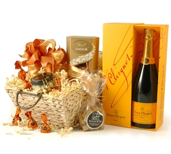 Veuve Clicquot Hamper