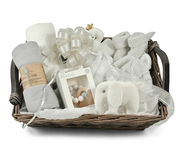 Need a gift for a new born baby girl and need a baby shower gift? Send our unique Teddy Bouquet Boxes.