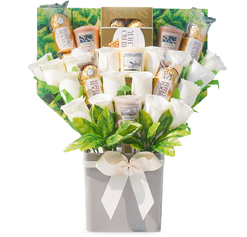 Yankee Candle, Chocolates & Ivory Rose Bouquet