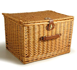 Empty Hampers & Baskets: from Hampergifts.co.uk - 18 inch - Large Lidded Hamper