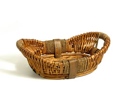 Empty Hampers & Baskets: from Hampergifts.co.uk - 13 inch - Small Oval Basket