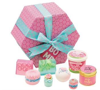 Valentines Hampers | Valentines Gift Basket - Hat Box Scented Gift Pack