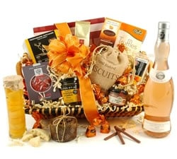 Food Hampers & Baskets - Hampers & Gifts from Hampergifts.co.uk - The Amber White Wine Hamper